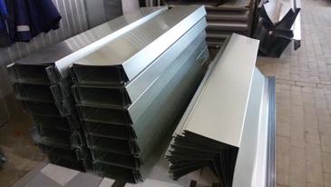 фото изготовления парапетных крышек